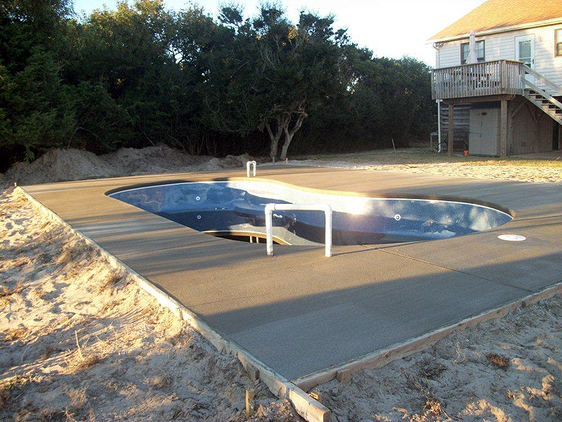 Nags Head pool installation with Caribbean Pool sand Spas